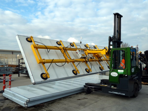 Large panel vacuum attachment for fork lift truck. Lifting and tilting 9m