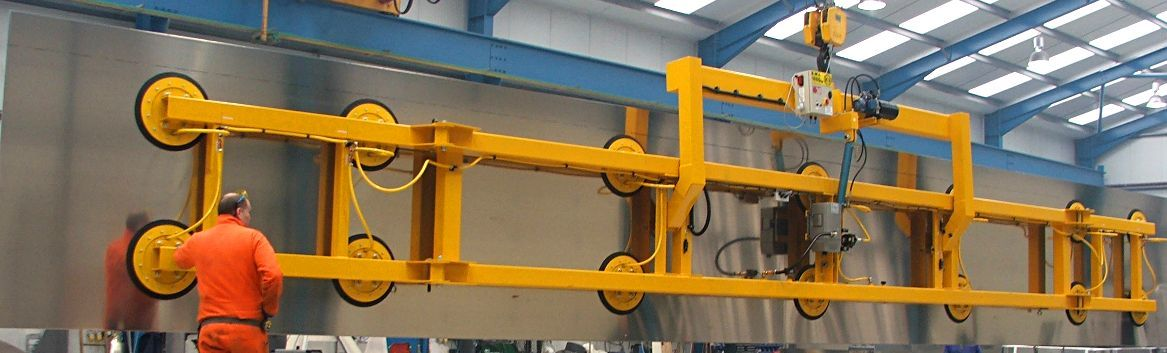 vacuum lifting equipment for lifting large metal sheets and plates